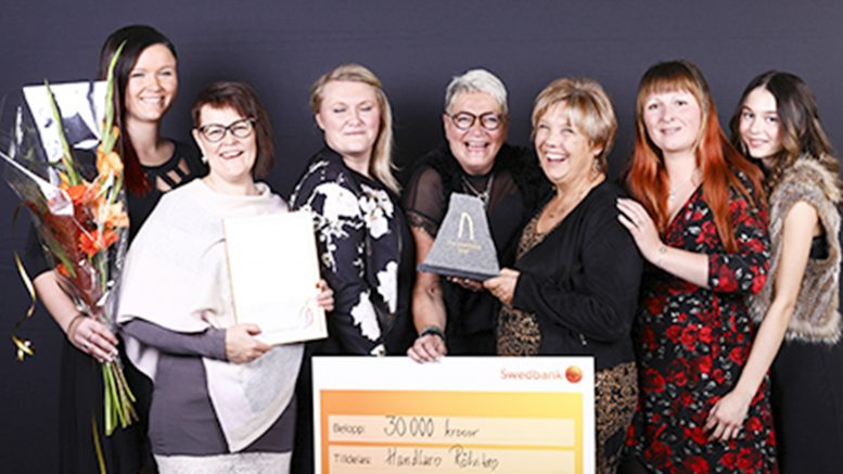 Handlarna i Rötviken fick Guldkroken: Kristina Heibring, Ulrika Haugen, Jessica Eiremo, Astrid Lönn-Jern, Kerstin Jonasson, Susanne Sillström, Elinore Selin.