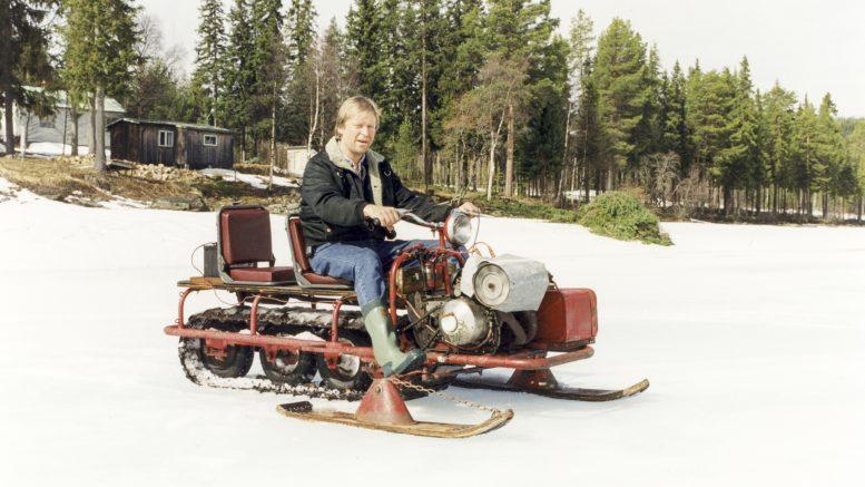 Ursnöskotern med Örjan Nilsson som sitter på den.
